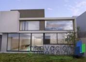 Preventa de casa dentro del condominio arco de piedra jurica 3 dormitorios 289 m2