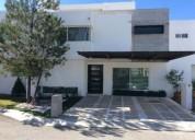 Bonita casa en en venta 4 recamaras en la vista residencial queretaro 4 dormitorios 305 m2
