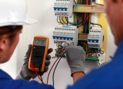 electricistas: residencial, comercial e industrial.