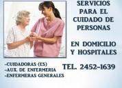 Enfermeras y cuidadores en hospitales y a domicilio