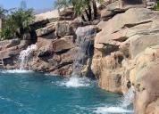 Cascada, arroyos, riachuelos, lagos, estanques, muro lloron 3d., cuevas, palapas,tobogan.