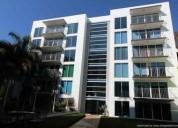 Se vende departamento en conjunto residencial en el centro de la ciuda 3 dormitorios 209 m2