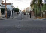 Casa venta 2 niveles zona norte colonia san cristobal leon gto 3 dormitorios 76 m2