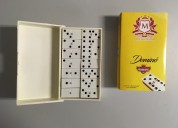juego de mesa dominó. fabricante