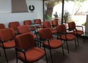 Amplia sala de juntas con servicio de catering