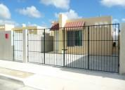 Casa amueblada en renta de 3 recamaras en cd. caucel en privada cerca de salida a uman y aeropuerto