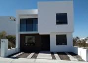 En venta hermosa casa en zibata 4 dormitorios 160 m2