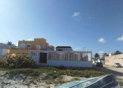 Bonita y extensa casa familiar en esquina frente al mar a una cuadra d 7 dormitorios 546 m2