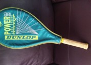 Raqueta de tenis para jugar como un profesional