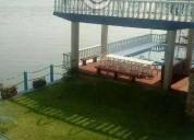 Excelente casa con acceso a lago alberca terraza 5 dormitorios