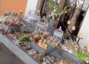 Mesa de dulces y letras grandes en puebla