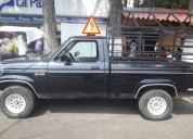 Camioneta foor 4 culindros gasolina