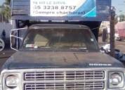 Camioneta tres media gasolina