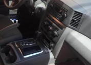Camioneta jeep laredo gasolina