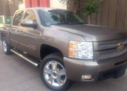 Chevrolet cheyenne ltz color capuccino gasolina