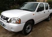 Nissan doble cabina lujo unico dueno gasolina