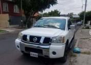 Nissan titan cabina y media gasolina