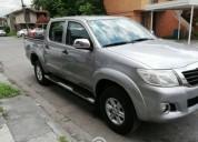 Toyota hilux 2015 doble cabina gasolina