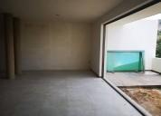 Excelente casa con sotano en un terreno de 160m2