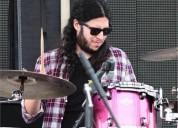 Soy un musico profesional en guadalajara con 12 anos de experiencia ofrezco clases de