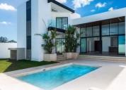 Excelente residencia en privada al norte de merida 3 dormitorios 600 m2