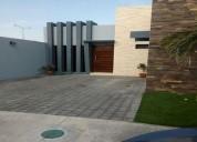Se vende casa de 1 piso en el fraccionamiento lomas de la rioja 2 dormitorios 144 m2