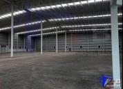 Bodega en renta con oficina 2 400 m2 en celaya