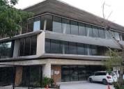 Oficina y o consultorio medico 204 en renta playacar 3000 m2