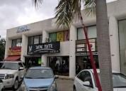 Local comercial en esquina sobre la avenida del tec 36 m2