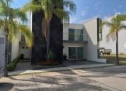 Casa amueblada en tlajomulco de zuniga 3 dormitorios 300 m² m2