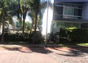 Excelente casa con jardin y vigilancia 4 dormitorios