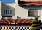 Renta de casa en calle cerrada