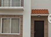 Rento casa amueblada frente a nissan 3 dormitorios