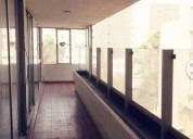 Rento amplio departamento en la napoles 3 dormitorios.