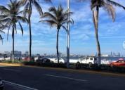 Excelente local frente al mar