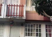 Casa de dos niveles con balcon 2 dormitorios 65 m² m2