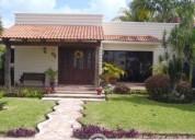 Residencia en venta de 1 planta estilo califor 3 dormitorios