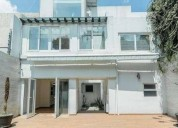 Residencia remodelada 4 dormitorios 486 m² m2