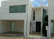 Renta casas amplias en fraccionamiento cerrado zona de la carcana 3 dormitorios 160 m2