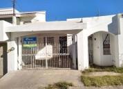 Vendo casa lomas del sol 2 recamaras 1 bano cochera techada 2 carros 2 dormitorios 105 m2