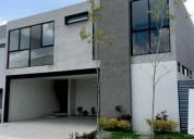 Vendo hermosa casa en lomas del molino en leon gto zona norte 3 dormitorios 225 m2