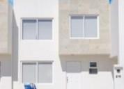 Vendo bonita casa en priv con alberca en leon gto al norte 3 dormitorios 120 m2