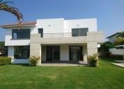 Casa en venta en el estado de morelos en lomas de cocoyoc 4 dormitorios 651 m2