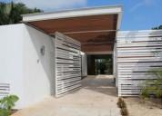 Hermosa casa residencial en venta merida norte montebello 5 dormitorios 2500 m2