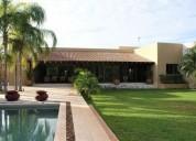 Exclusiva residencia de una planta de 2 en temozon norte 4 dormitorios 2781 m2