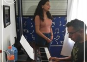 Academia de música arp. canto, bajo, teclado.