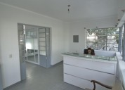 Oficina amplia y elegante para 3 personas