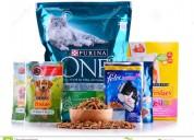 Urge personal para empacar productos de mascotas