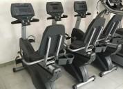 Bicicleta recumbente life fitness