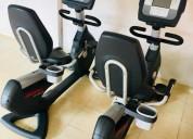 Bicicleta recumbente life fitness inspire